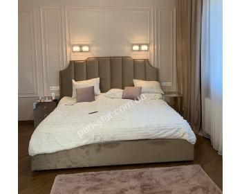 Мягкая двуспальная кровать  Белла